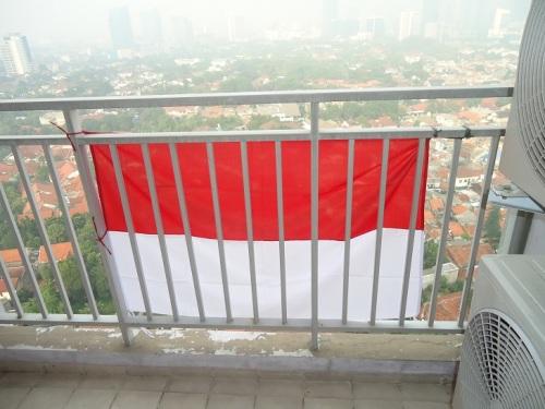 Pasang Bendera 1